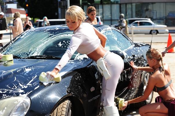 Auto wassen: zo doe je dat