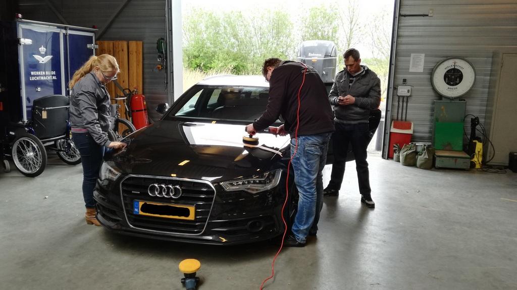 Audi A6 tijdens een cursus auto polijsten en poetsen